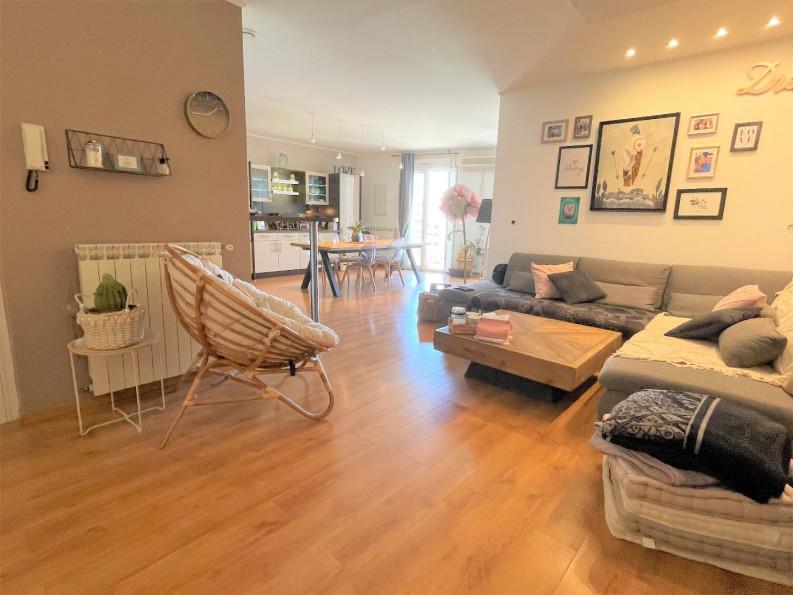A vendre  Sete   Réf 34458327 - Open immobilier