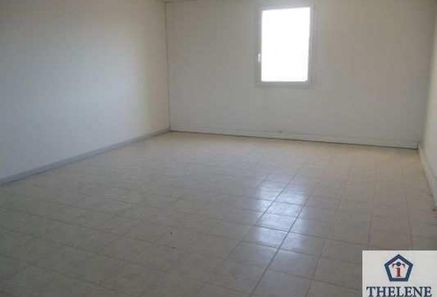 A louer Lunel 3448214482 Immobilier entreprises