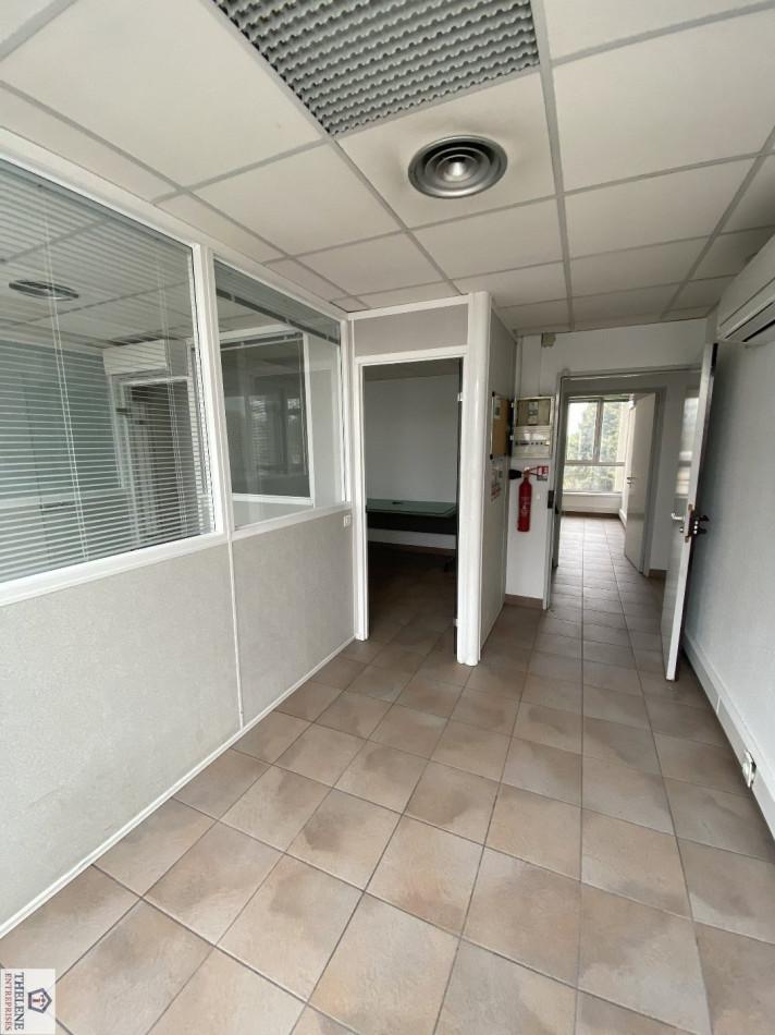 A louer  Montpellier   Réf 3448217341 - Immobilier entreprises