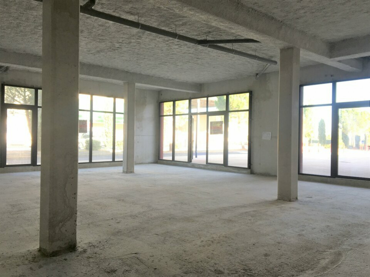 A vendre  Fabregues   Réf 3448217588 - Immobilier entreprises