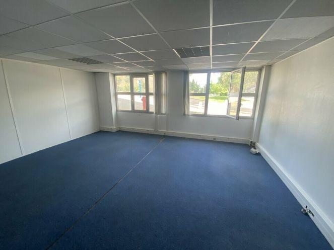 A louer Bureau Montpellier   Réf 3448217759 - Immobilier entreprises