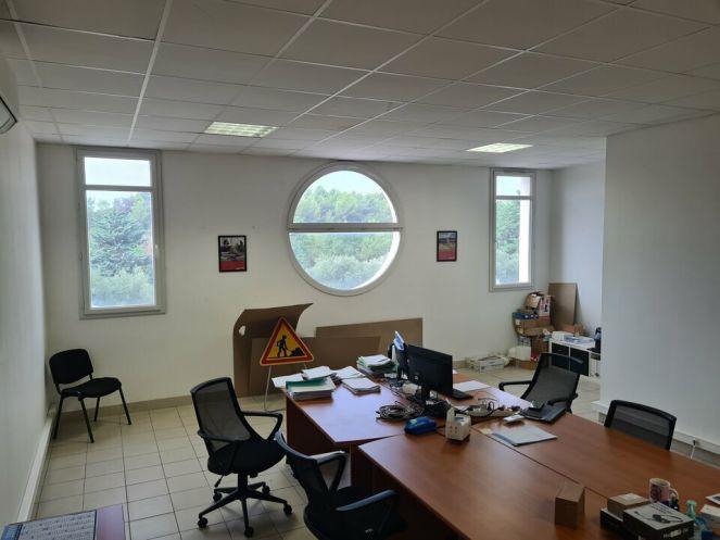 A louer Bureau Le Cres | Réf 3448217826 - Immobilier entreprises