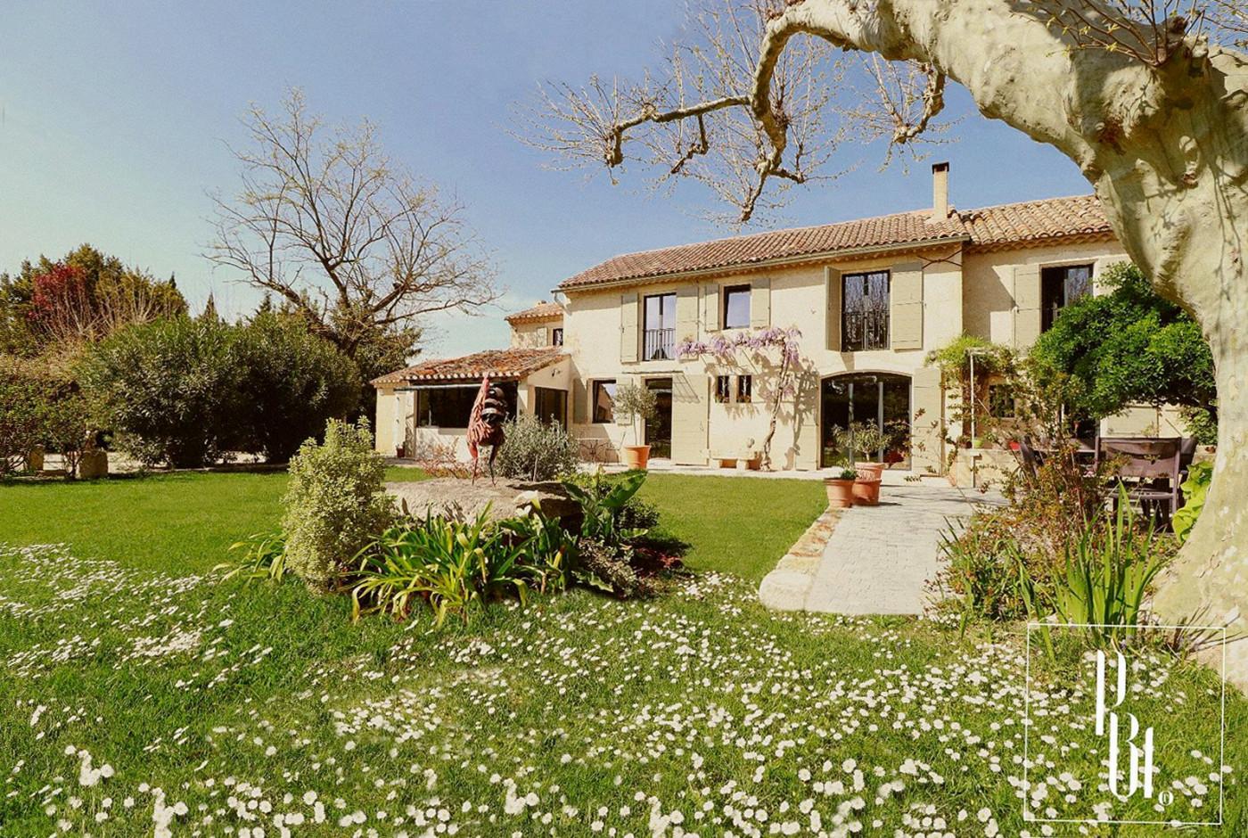 A vendre  Saint Remy De Provence | Réf 345051012 - Pierre blanche immobilier