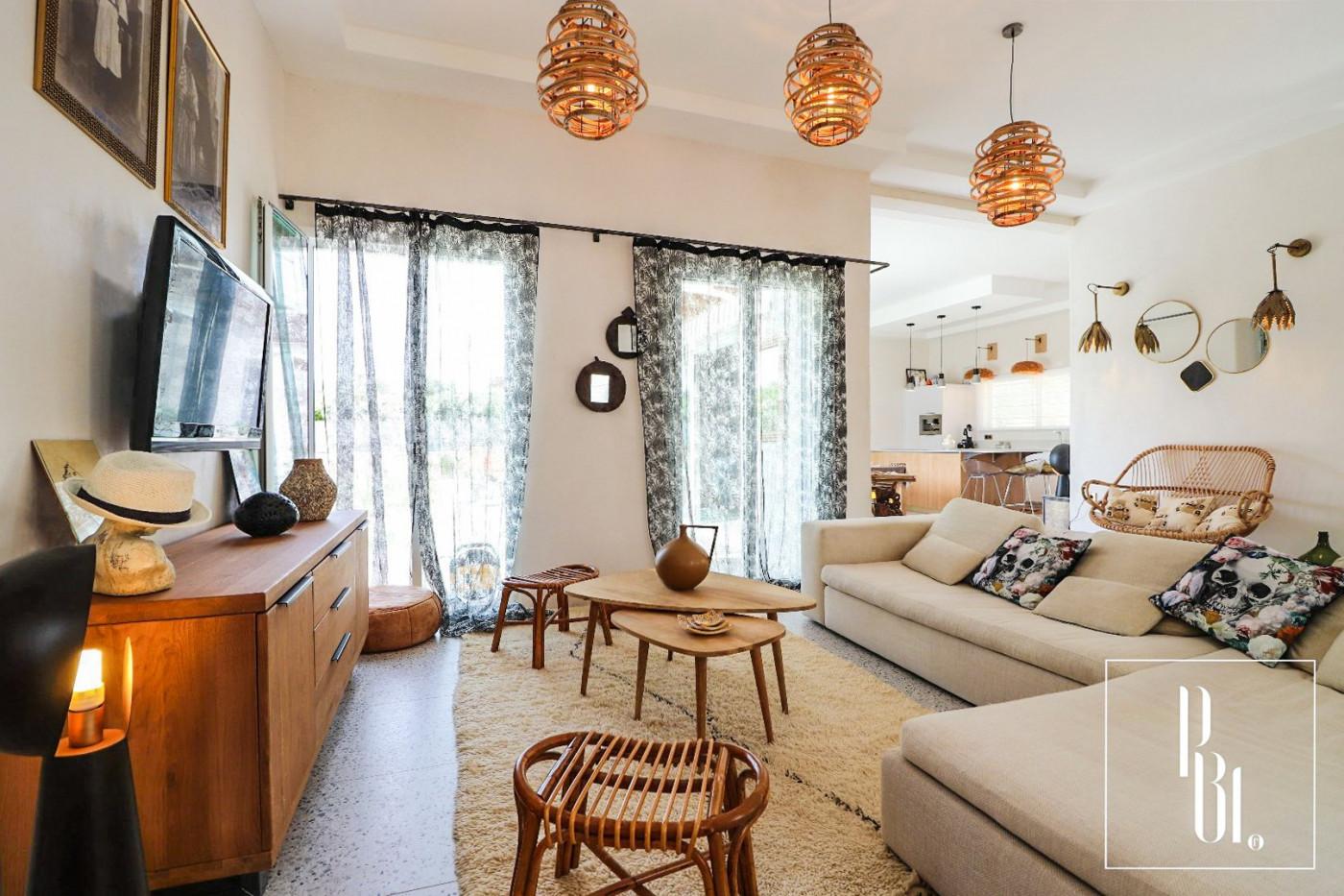 A vendre  Uzes | Réf 345051037 - Pierre blanche immobilier