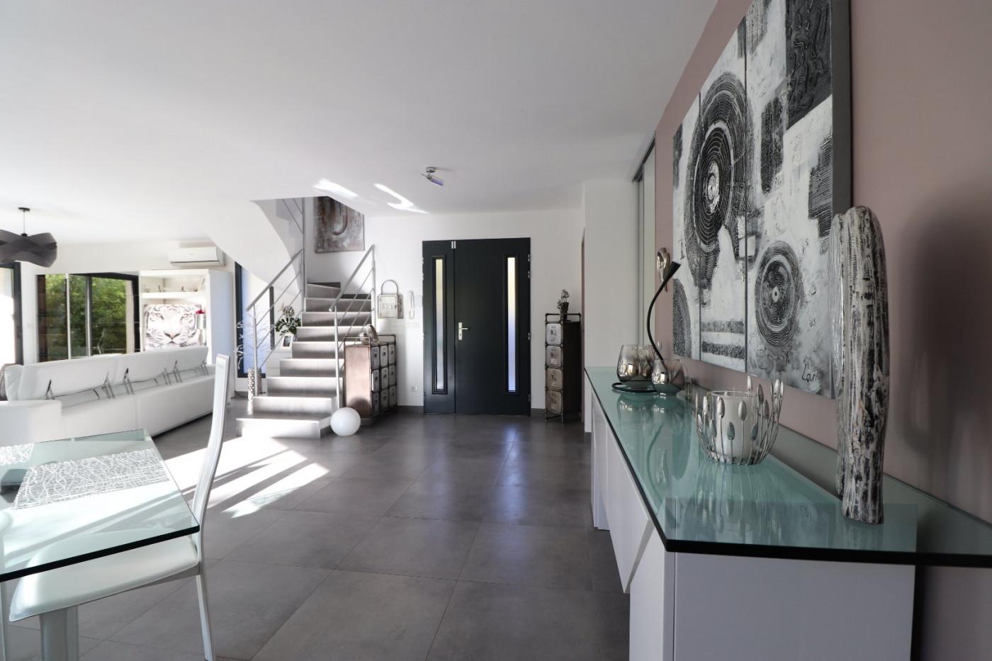 A vendre Castries 34505378 Pierre blanche immobilier