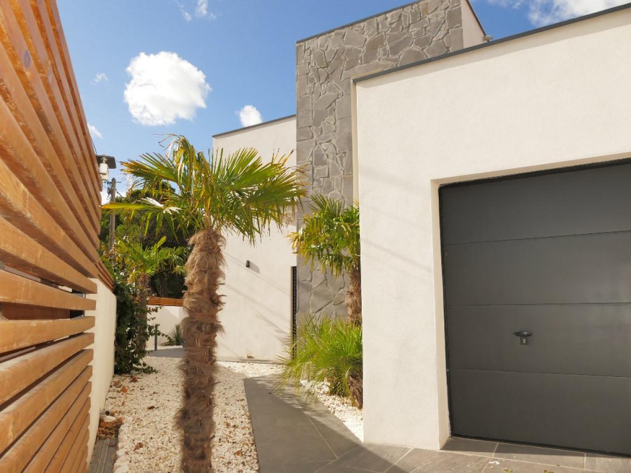 A vendre Agde 34505424 Pierre blanche immobilier