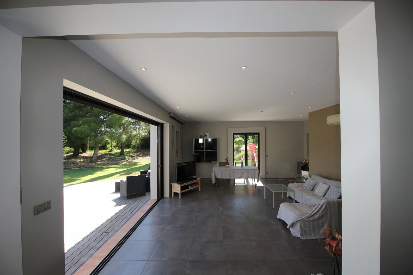 A vendre Poussan 34505815 Pierre blanche immobilier