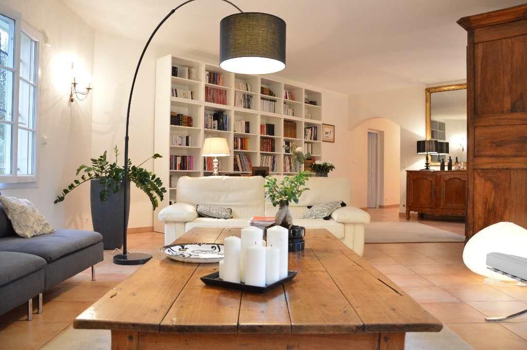 maison de caractre en vente montferrier sur lez argence immobilier. Black Bedroom Furniture Sets. Home Design Ideas