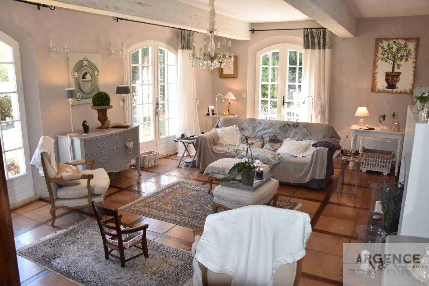 A vendre Poussan 345335284 Argence immobilier