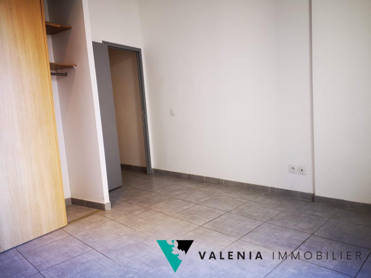 A louer Lunel 3453410489 Valenia immobilier
