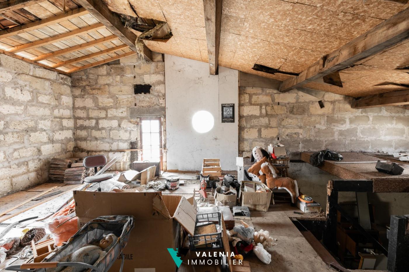 A vendre Moulon 3453410531 Valenia immobilier