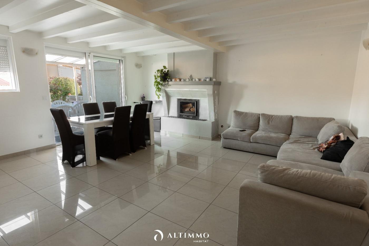 A vendre Ambares Et Lagrave 3453410745 Altimmo habitat