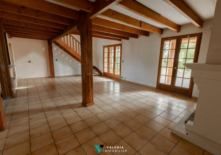 A vendre Le Taillan Medoc 3453410748 Valenia immobilier