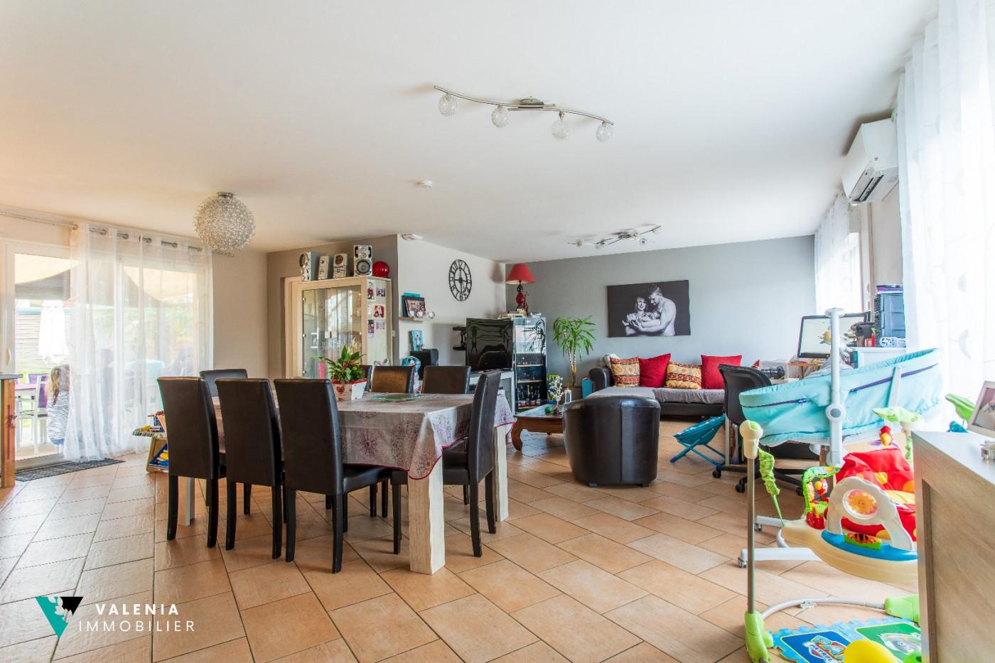 A vendre  Abzac | Réf 3453411320 - Valenia immobilier