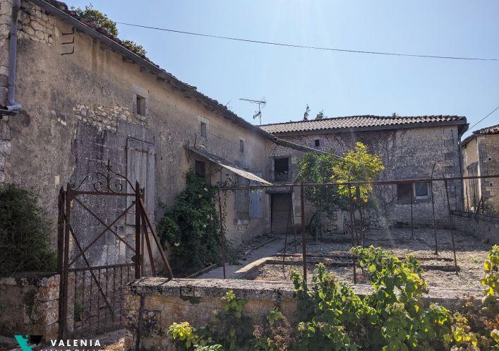 A vendre Immeuble � r�nover Barbezieux Saint Hilaire   R�f 3453411346 - Valenia immobilier