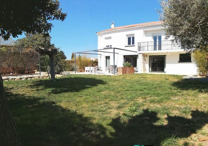 A vendre Villa Lunel Viel   R�f 3453411381 - Valenia immobilier