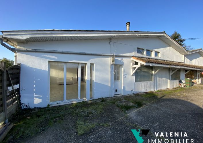 A vendre Appartement � r�nover Le Taillan Medoc | R�f 3453411480 - Valenia immobilier