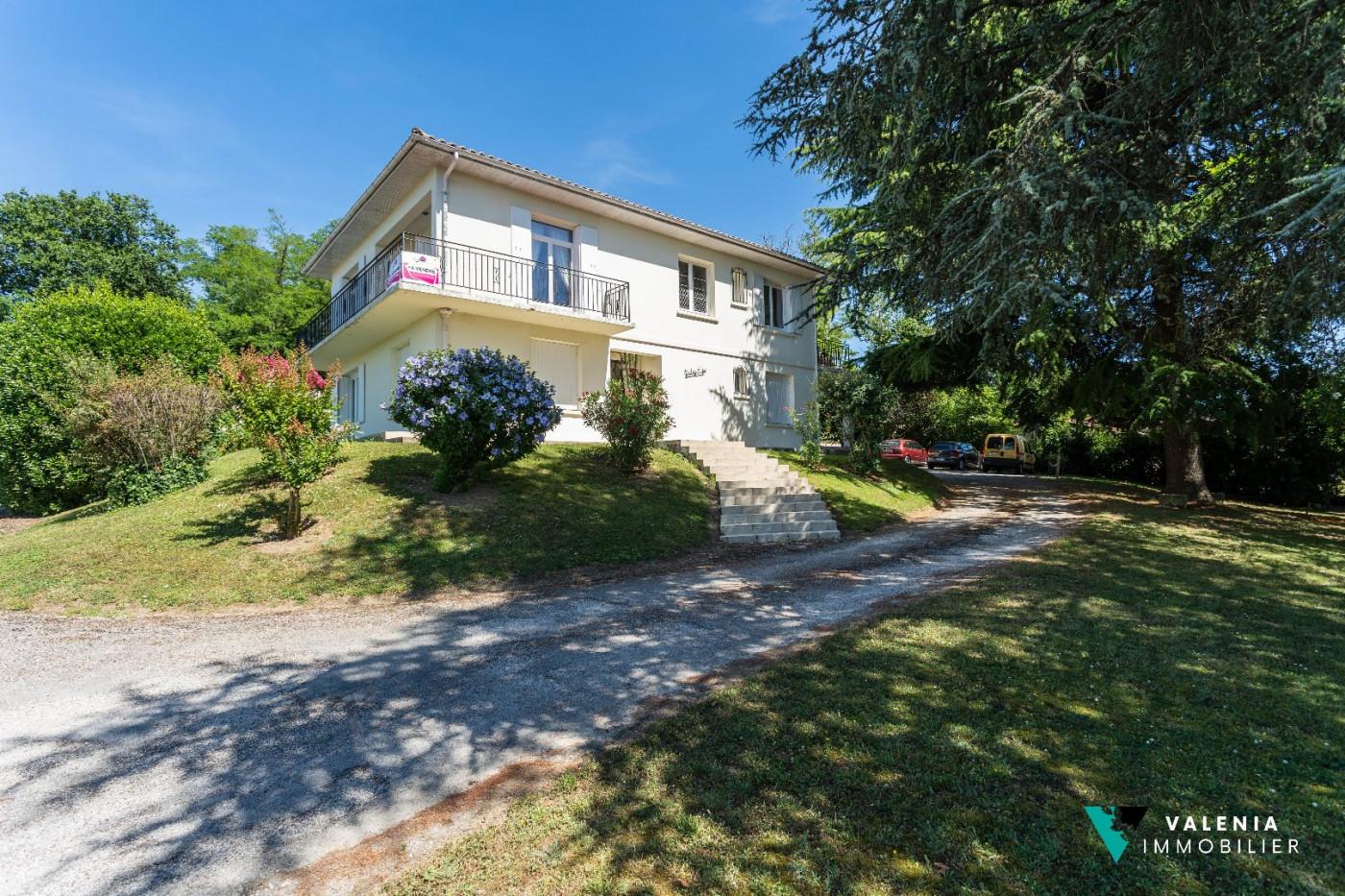A vendre  Branne | Réf 3453411506 - Valenia immobilier