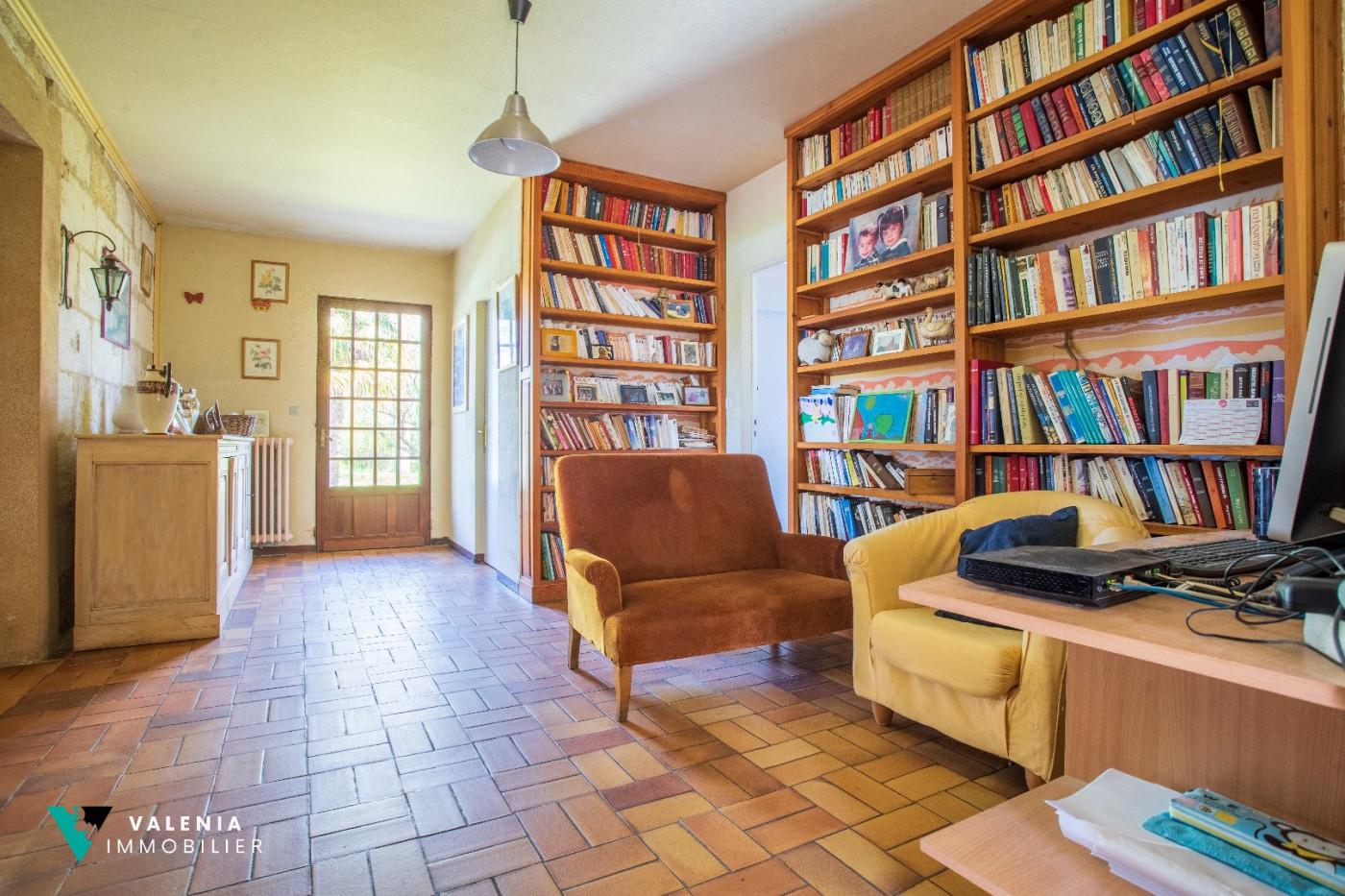 A vendre  Saint Michel De Fronsac   Réf 3453411568 - Valenia immobilier