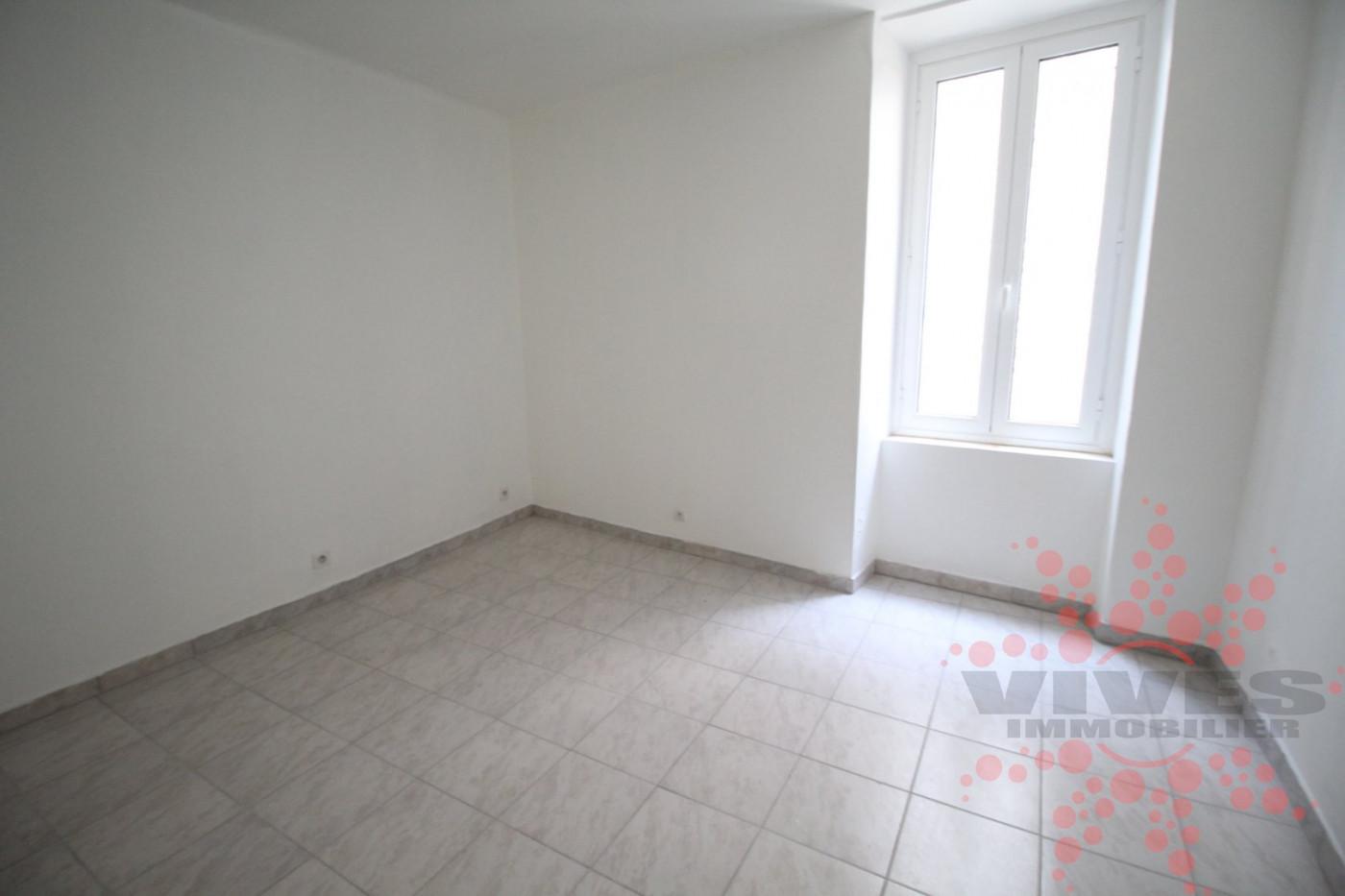 A vendre Quarante 345391878 Vives immobilier