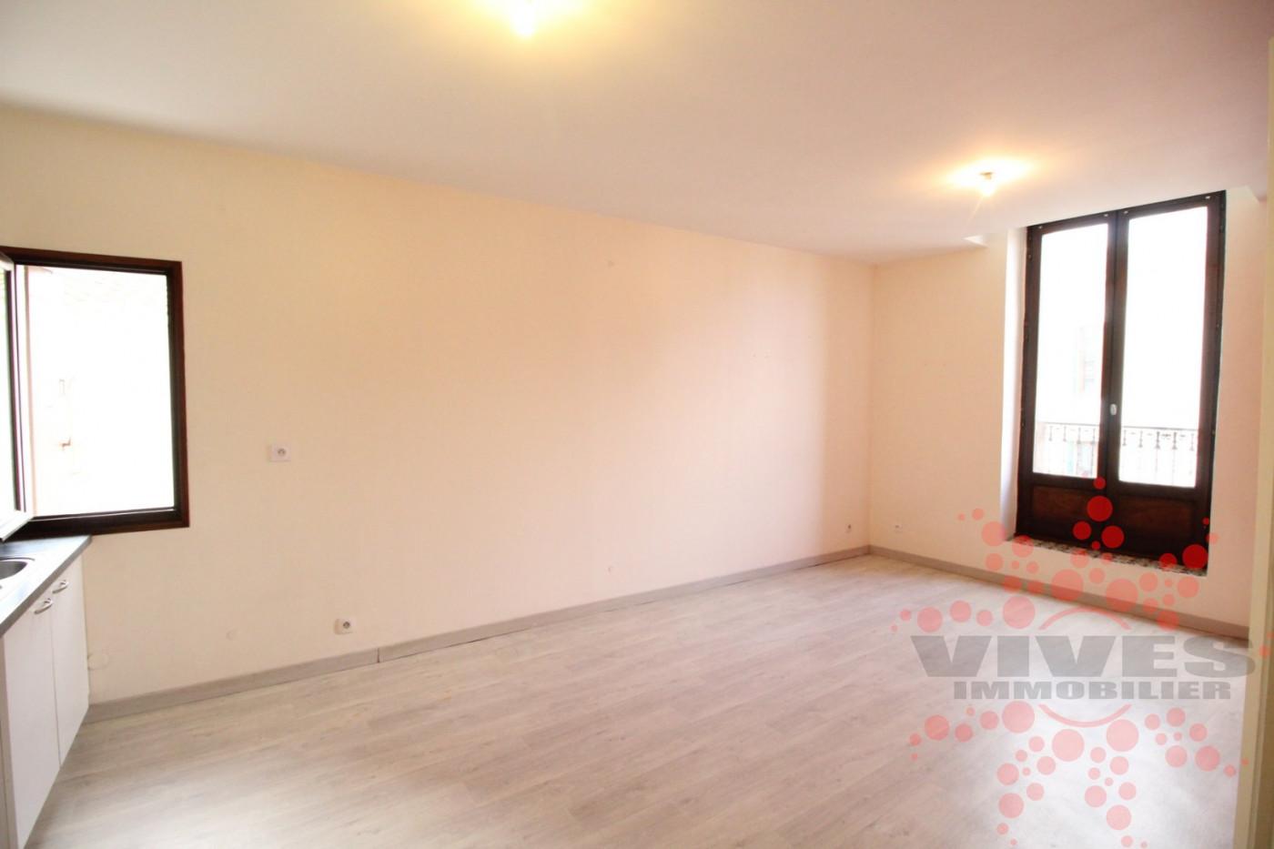 A vendre Capestang 345391892 Vives immobilier