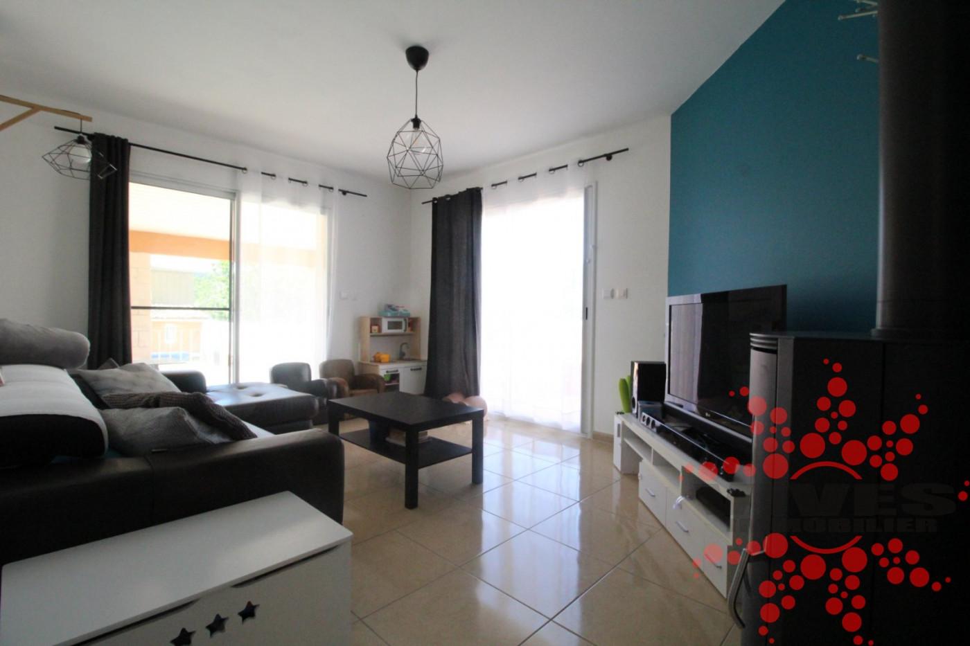 A vendre Cruzy 345392035 Vives immobilier