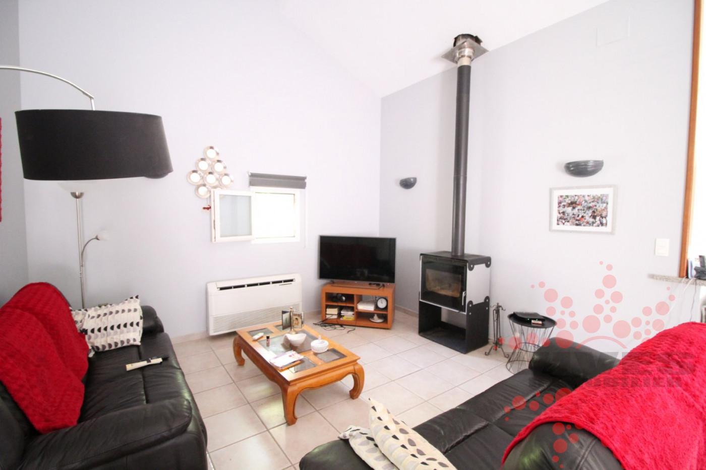 A vendre Quarante 345392118 Vives immobilier