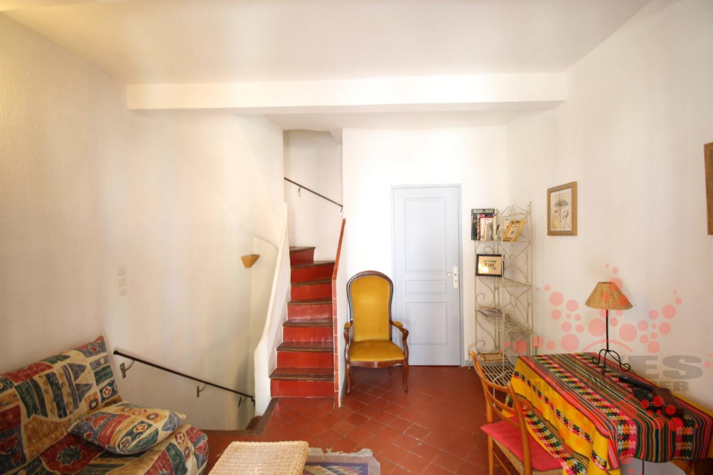 A vendre Cruzy 345392226 Vives immobilier