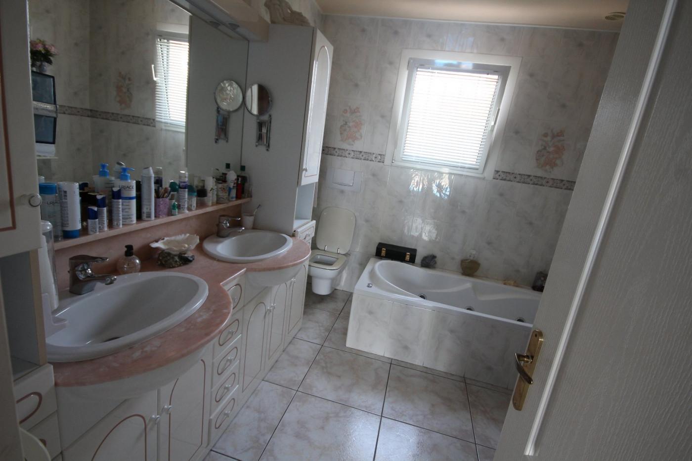 A vendre Agde 345514136 Robert immobilier