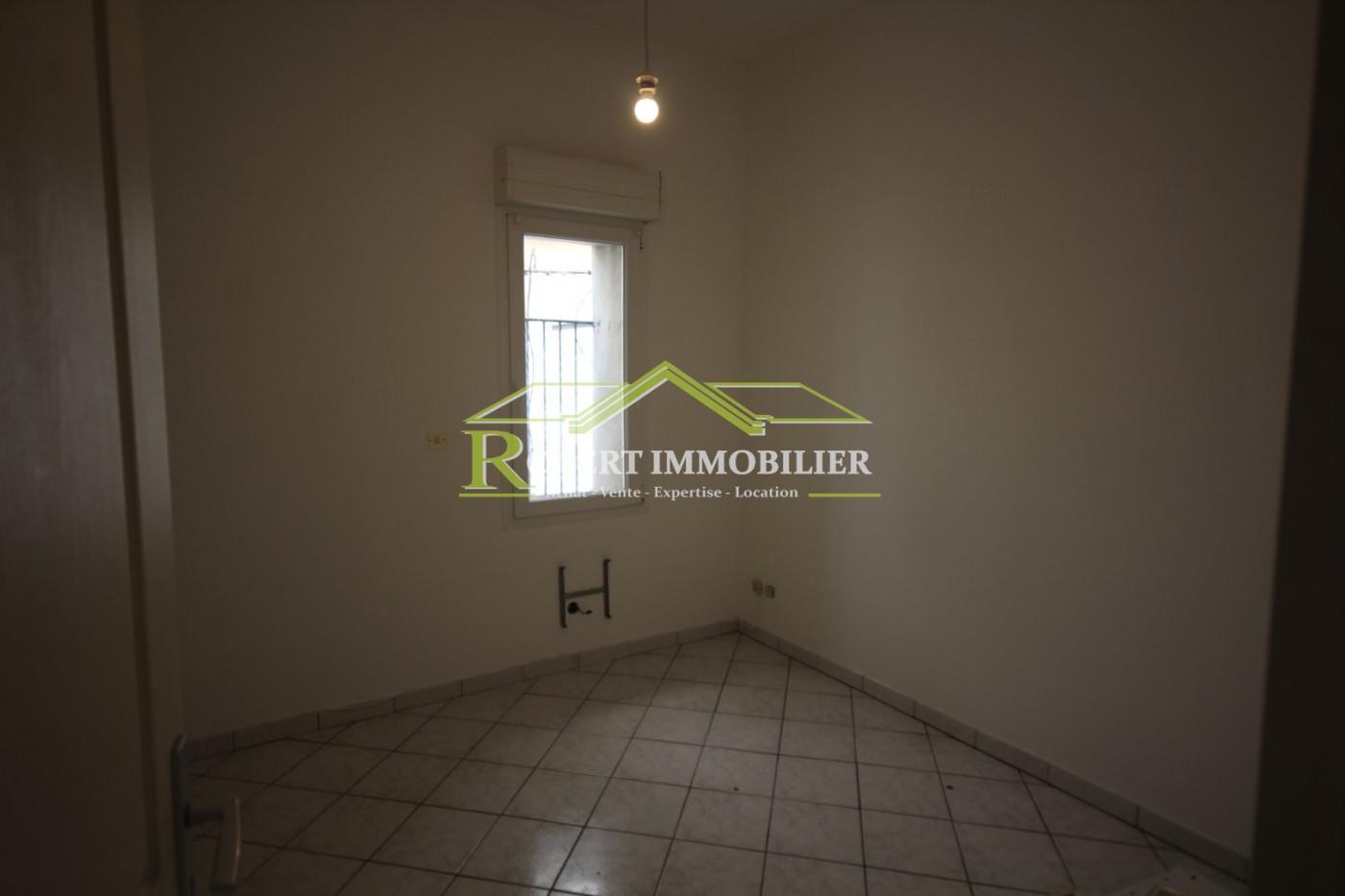A vendre Sete 345514403 Robert immobilier