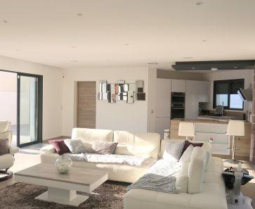 A vendre Montarnaud  3456242227 Agence jnca