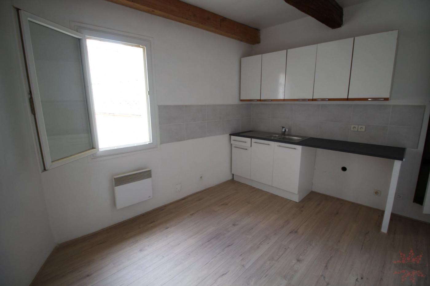 For rent Espondeilhan 345712479 Vives immobilier