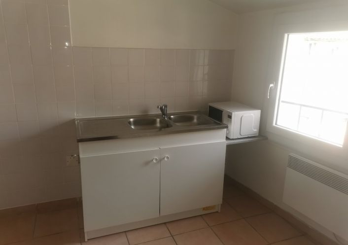 A louer Appartement Capestang   Réf 34641297 - Trilhe immobilier