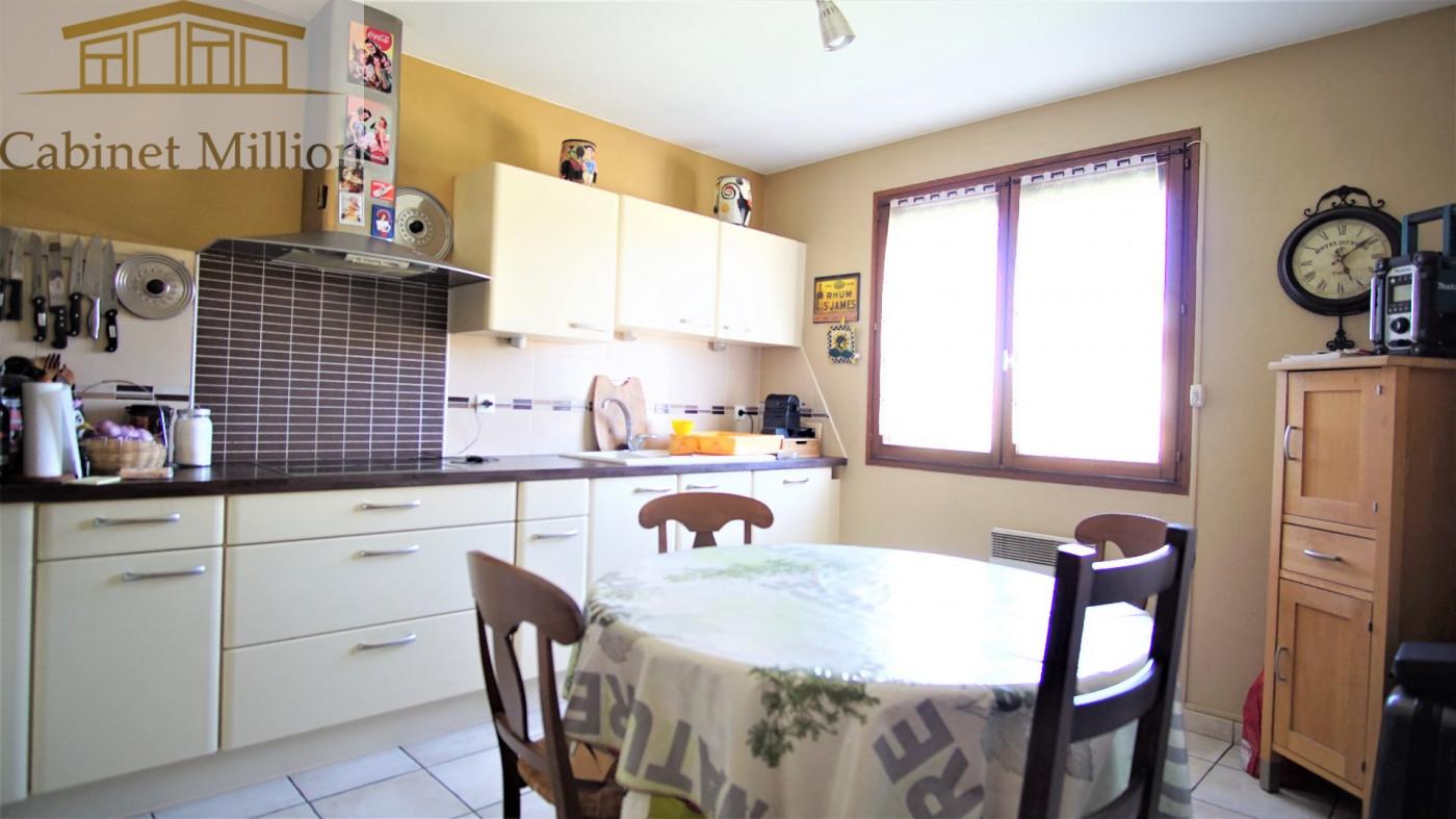 A vendre Juvignac 346442471 Cabinet million
