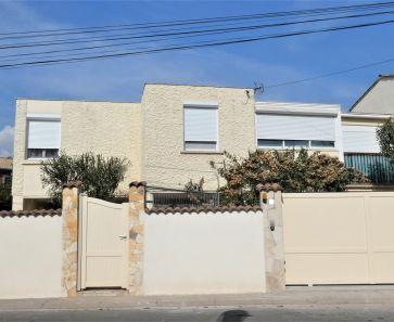 For sale  Agde | Réf 34665131 - Cabinet git