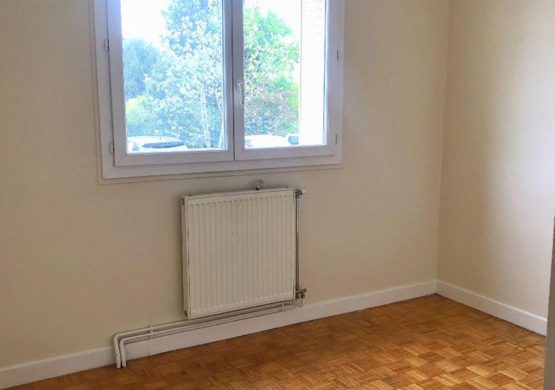 A vendre Appartement en r�sidence Echirolles | R�f 3466962777 - Comptoir immobilier de france