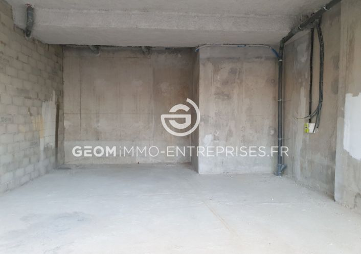 A louer Local commercial Castelnau Le Lez | R�f 3468935 - Geomimmo