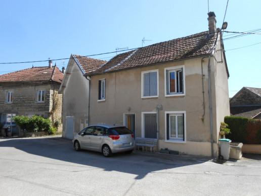 A vendre  Cremieu   Réf 38015893 - Faure immobilier