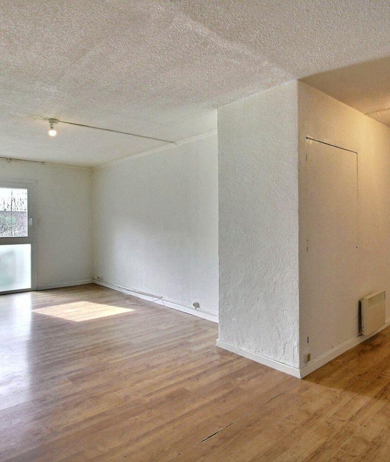 A vendre  Morestel   Réf 380222875 - Eca immobilier morestel