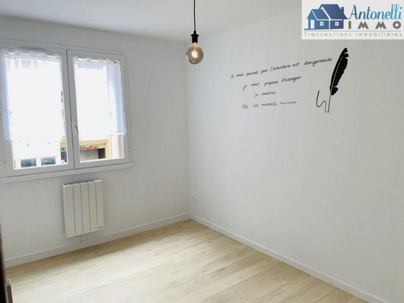 A vendre Bourgoin Jallieu 3803921 Adaptimmobilier.com