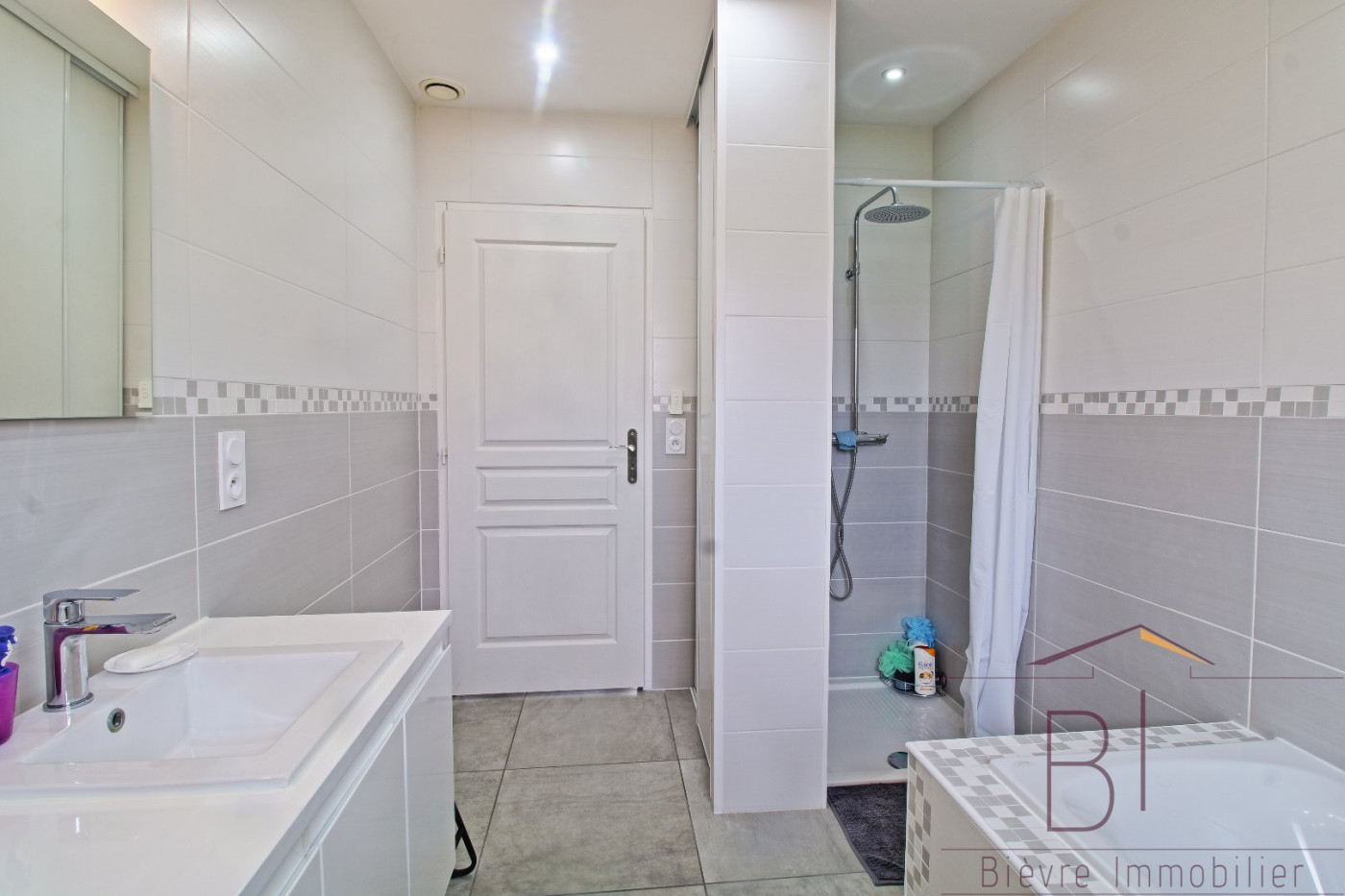 A vendre  La Cote Saint Andre | Réf 380422446 - Bievre immobilier