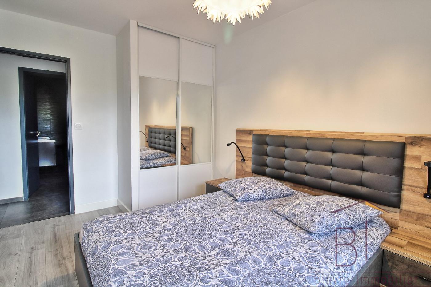 A vendre  La Cote Saint Andre   Réf 380422528 - Bievre immobilier