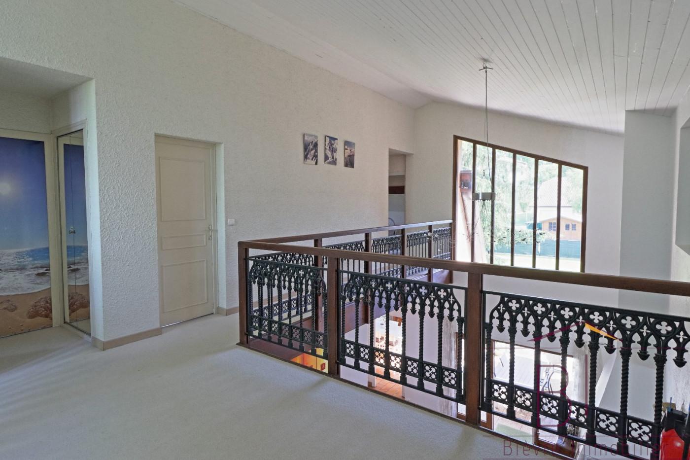 A vendre  La Cote Saint Andre   Réf 380422619 - Bievre immobilier