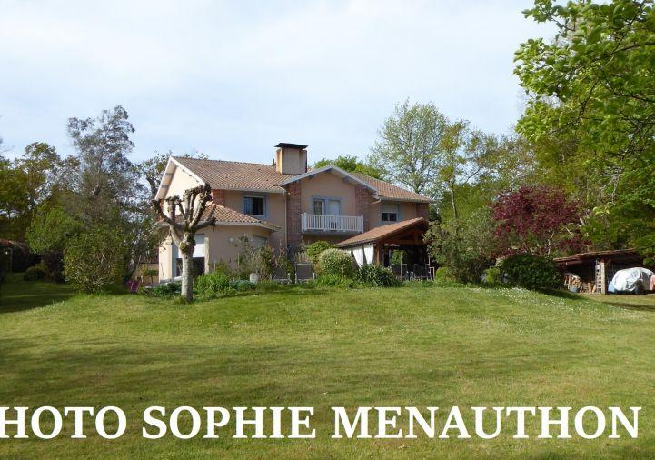 A vendre Maison de caract�re Mezos   R�f 4000912301 - Equinoxes immobilier