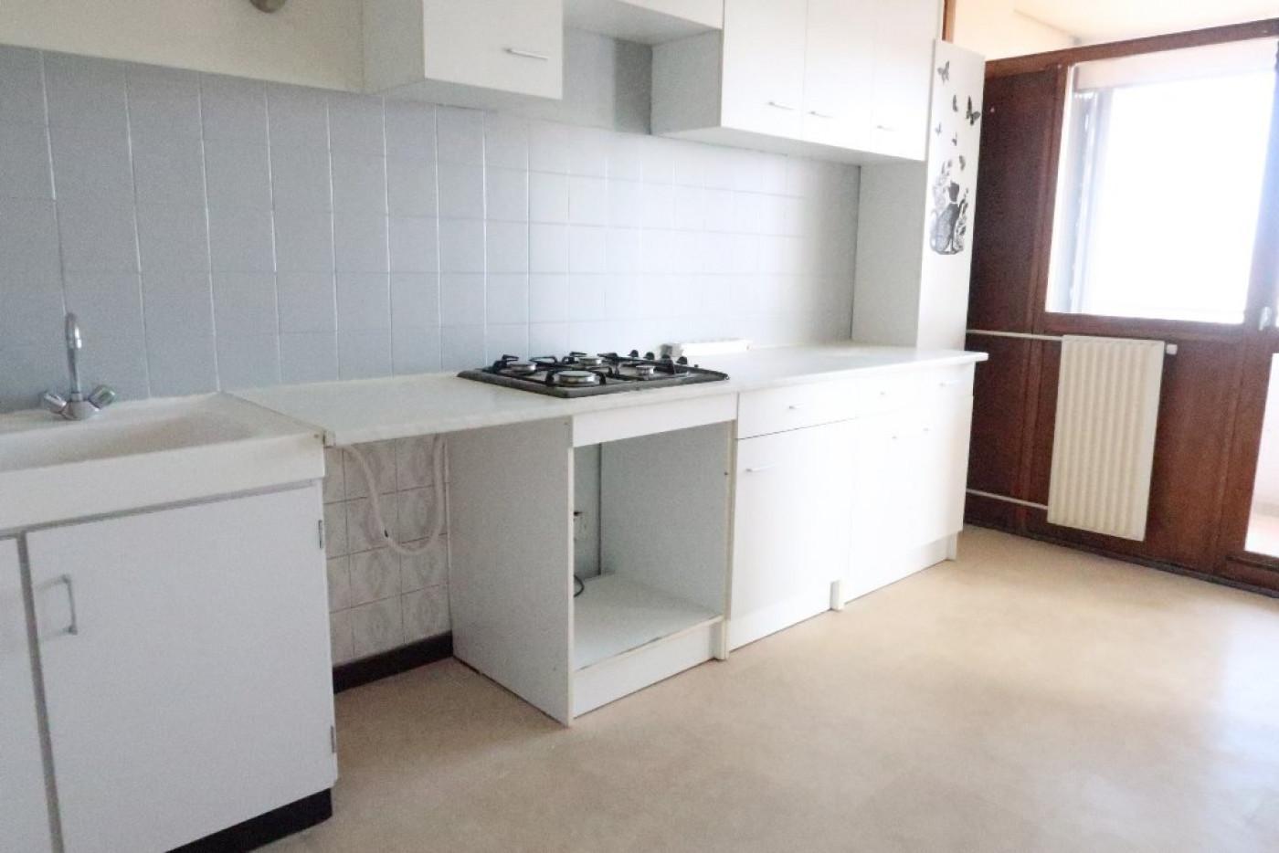 A vendre  Villars   Réf 420013191 - Adm immobilier