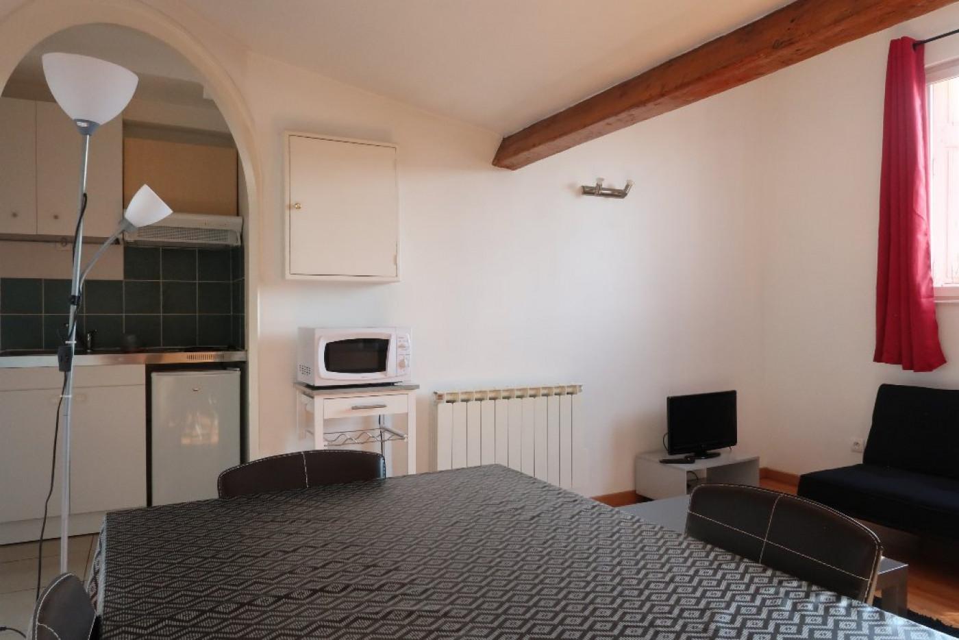A louer  Saint Etienne   Réf 42001984 - Adm immobilier