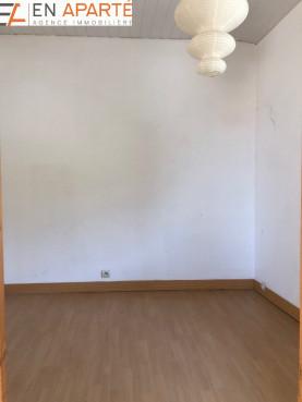 A vendre  Saint Paul En Cornillon   Réf 420031080 - En aparté