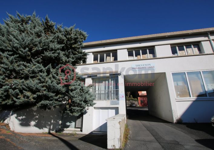 A vendre Entrepot Le Puy En Velay | R�f 43002187 - Belledent nadine