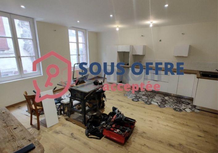 A vendre Appartement r�nov� Le Puy En Velay | R�f 43002200 - Belledent nadine
