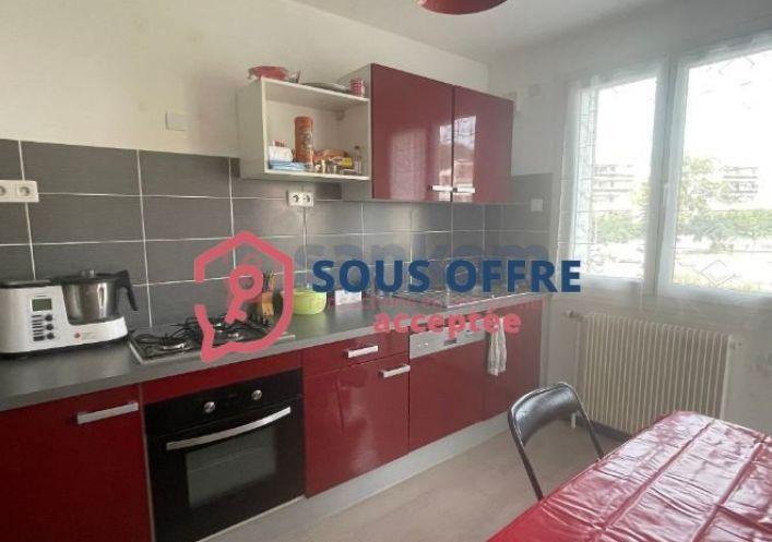 A vendre Appartement en r�sidence Le Puy En Velay   R�f 43002295 - Belledent nadine